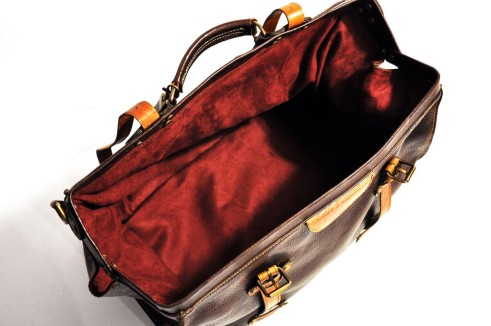 weekend discovery duffel first & company, weekend travel bag, weekend bags, rego's life, travel essentials