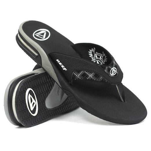 rego's life, travel bar, casual travel bar, for the weekenders the casual travel bar 101, reef fanning sandal,