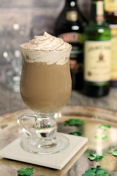 For The Weekenders Luck of The Irish Espresso Brunches Egg Cream Easters, Rego's Life For The Weekenders Luck of The Irish Espresso Brunches Egg Cream Easters, For The Weekenders Luck of The Irish Espresso Brunches Egg Cream Easters Rego's Life, Rego's Life, Nutty Irishman, Nutty Irishman Drink recipe, Nutty Irishman Recipe, Espress Martini, Espresso Martini recipe, Espressso Martini drink recipe, Egg Cream, Egg Cream Recipe, Egg Cream drink recipe, Alcoholic Egg Cream, Alcoholic Egg Cream recipe, St. Patrick's Day, Easter, hangover fix, brunch drink ideas, drink recipes, alcoholic drink recipes, Espresso recipes, cocktail recipes, drinks that go well with brunch, drinks that are good with brunch